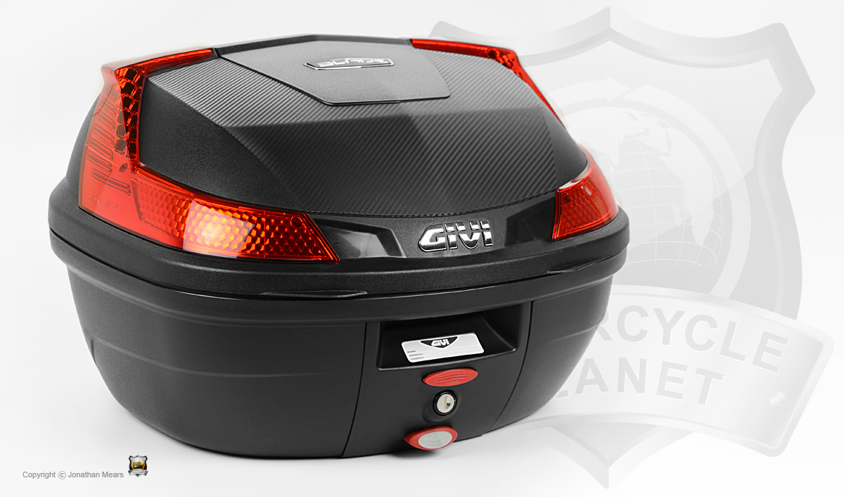 givi b37n blade top box monolock givi top boxes monolock givi luggage. Black Bedroom Furniture Sets. Home Design Ideas